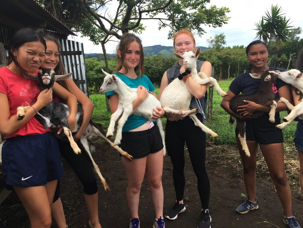 Costa Rica immersion students